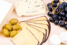 Free Cheese On The Hardboard Royalty Free Stock Images - 9054509