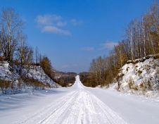 Free The Winter Road Stock Photos - 9054853