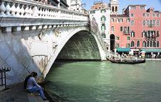 Free Grand Canal - Rialto - Venice Italy Venezia - Creative Commons By Gnuckx Stock Image - 90552681