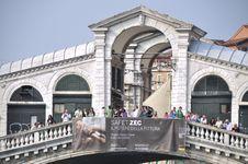 Free Grand Canal - Rialto - Venice Italy Venezia - Creative Commons By Gnuckx Stock Image - 90552731