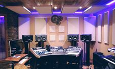 Free Recording Studio With Ultra Violet Florescent Stock Image - 90553061