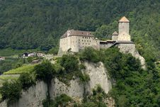 Free Castle Tirol Royalty Free Stock Images - 9064349