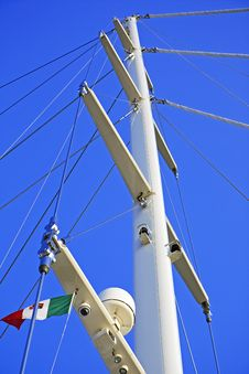Free Mast Of The Yacht Stock Photos - 9066033