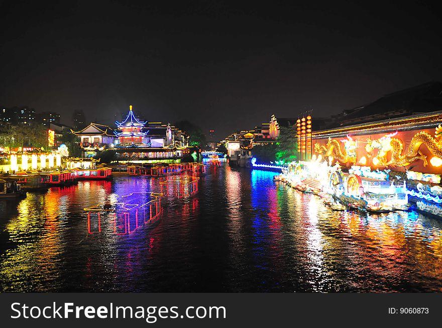 Night scene of Qinhuai river and boats