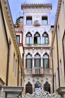 Free Venice Italy - Creative Commons By Gnuckx Royalty Free Stock Photography - 90611627