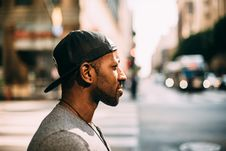 Free Man Wearing Cap Back To Front Stock Images - 90613744