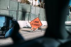 Free Lane Closed Construction Sign Stock Photos - 90614793