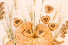 Free Baked Goods With Wheat Royalty Free Stock Image - 9070536