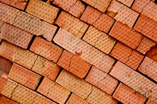 Free Cracted Bricks Stock Images - 9070624