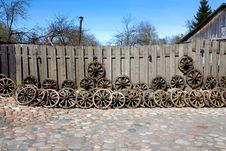 Free Old Wheels Of The Horse Cart Stock Image - 9071581