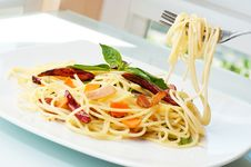 Free Spaghetti  Pork Chilly Stock Images - 9072044