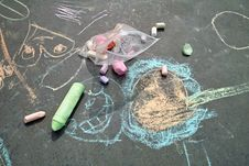 Free Sidewalk Chalk Art Royalty Free Stock Photo - 9072925