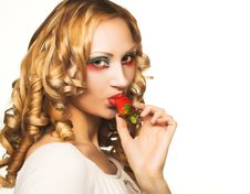 Free Portrait Of Pretty Blonde With Strawberry Royalty Free Stock Photos - 9075458