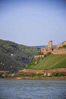 Free Old Castle Above The River Stock Photos - 9078153