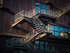 Free Low Angle View Of Spiral Stairs Royalty Free Stock Images - 90717499