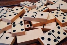 Free Dominoes Stock Image - 90717871