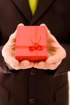 Free Man Holding Present Royalty Free Stock Photography - 9081077