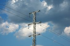 Free Transmission Pole Stock Photo - 9084000
