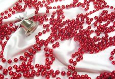 Free Pearls Royalty Free Stock Image - 9084686