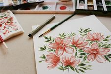 Free Floral Art Work With Paints And Brushes Royalty Free Stock Images - 90995849