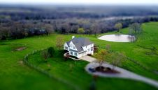 Free Aerial View Of House In Green Field Royalty Free Stock Photography - 90997427