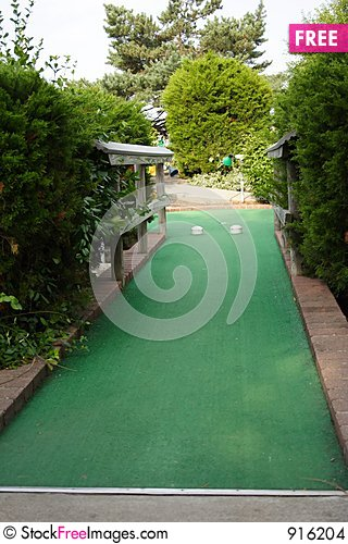 Free Miniature Golf Hole Stock Images - 916204