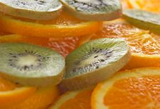 Free Fresh Fruit Royalty Free Stock Photo - 911095