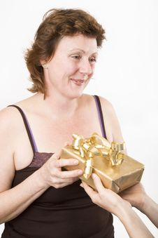 Free Receiving A Present Stock Photography - 913572