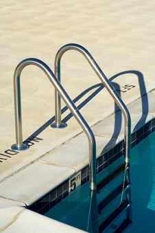 Pool Steps Royalty Free Stock Photos