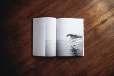 Free Ocean Wave Print Book Royalty Free Stock Images - 91053189