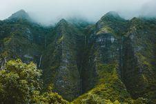 Free Fog Over Mountain Ridge Stock Photo - 91106710