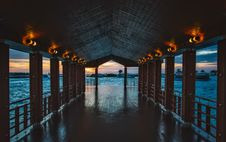 Free Wooden Pier At Sunset Royalty Free Stock Photography - 91106787