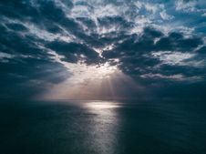 Free Sunset Above Sea Stock Photography - 91107592