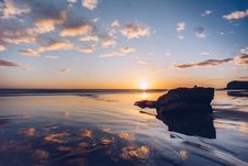 Free Sunset At Beach Stock Images - 91252174