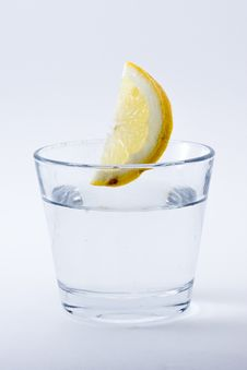 Free Drink, Vodka And Tonic, Gin And Tonic, Lemonade Royalty Free Stock Photography - 91370887