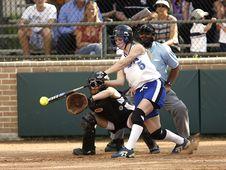 Free Woman In White Jersey Shirt Playing Baseball During Daytime Stock Photos - 91447113