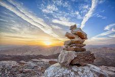 Free Rocks Over Mountain Landscape Stock Photo - 91447330