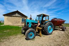 Free Old Tractor Stock Photos - 9152023