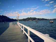 Free Wooden Dock Royalty Free Stock Photos - 91519938
