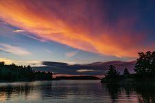 Free Lake At Dawn  Stock Photo - 91631050