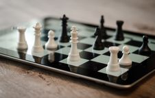 Free Tilt Shift Lens Photo Of Black And White Chess Pieces Stock Photography - 91631092