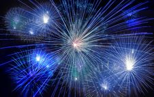 Free Fireworks Exploding In Sky Royalty Free Stock Photo - 91666095