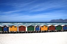Free Colorful Cottages Near The Sea Under Blue Sky During Daytime Stock Photos - 91666253