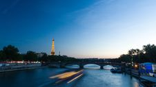 Free River Seine Royalty Free Stock Photography - 91760437