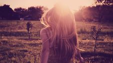 Free Woman At Sunset Royalty Free Stock Photos - 91760908