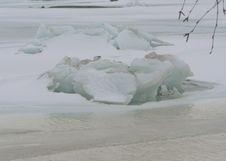 Free Breaking Ice Stock Photos - 91772013