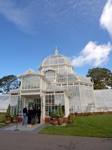 Free Conservatory Of Flowers Stock Photo - 91775150