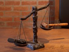 Free Scales Of Justice Royalty Free Stock Images - 91786909