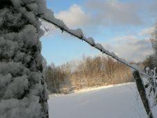 Free Snowy Barbwire Fence Stock Photos - 91787873