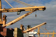Free Gantry Cranes Royalty Free Stock Photos - 920258